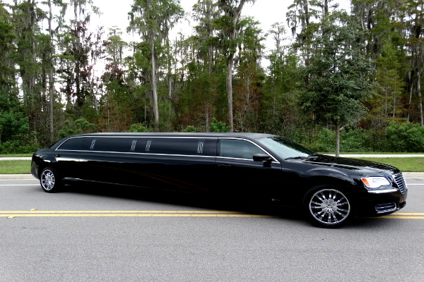 chrysler 300 limo service 1   buffalo